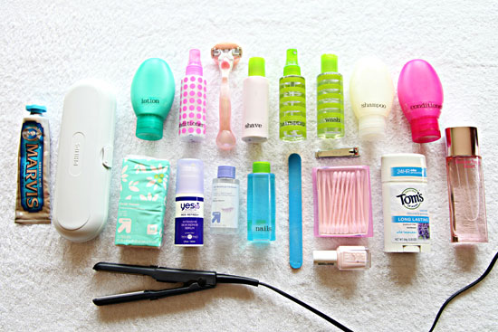 organized_toiletries_packing_1